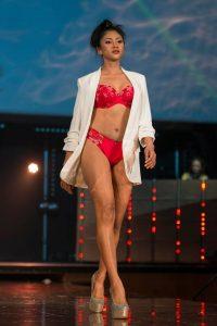 Fabienne Hansoul Création lingerie scorches the runway